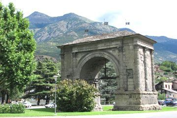 Aosta-Valley - The Arch of Augusto in Aosta