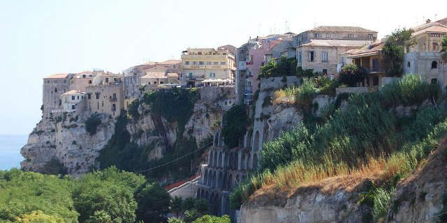 From Tropea, the Pearl of Calabria, to Capo Vaticano