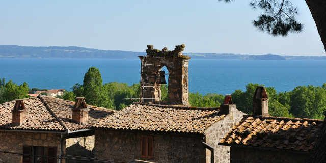 Along the astonishing shores of Lake Bolsena near Rome