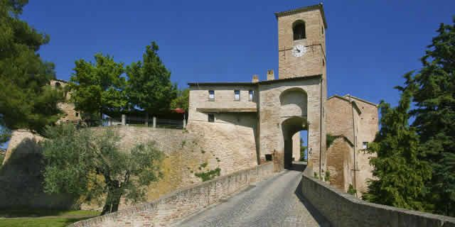 Montegridolfo, a village built as a medieval fortress