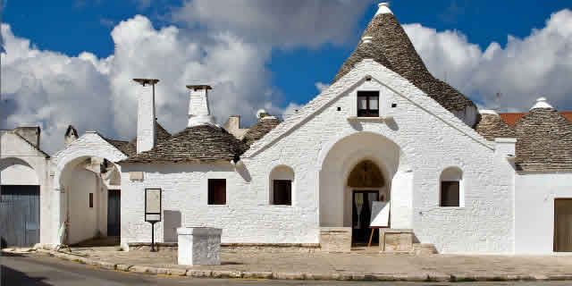 Wonders Of Italy The Village Of Alberobello And Its Trulli