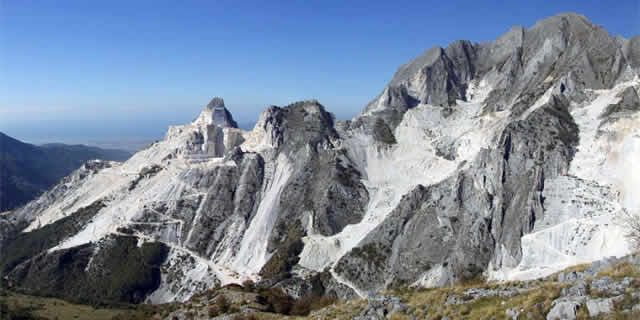 Versilia: the Carrara marble tour