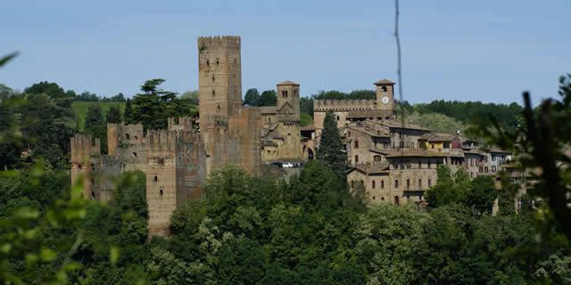 Among the medieval villages on the gentle hills of Piacenza