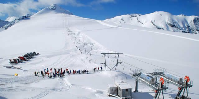 Summer ski resorts in Italy: the glacier of the Stelvio Pass