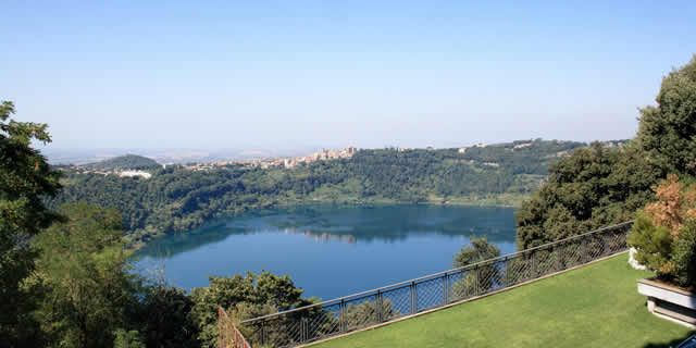 Discovery tour of the beautiful lakes of the Castelli Romani