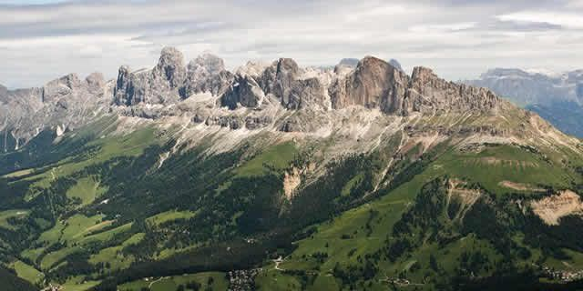Driving across the Dolomites to discover the Alpe di Siusi