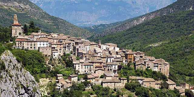 Anversa, an amazing small art city located in Abruzzo