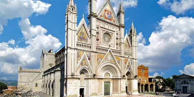 Orvieto, a charming Medieval town in Umbria