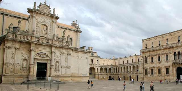 Lecce and its beautiful Baroque churches and monuments