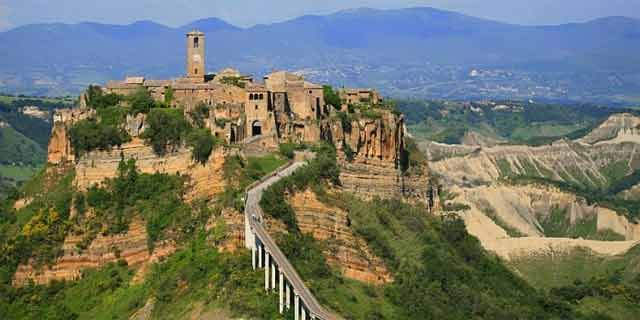 Tuscia and its Etruscan evidence in Civita di Bagnoregio