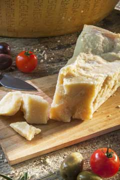 Parmigiano Reggiano DOP the world-wide famous Italian cheese - pic 7